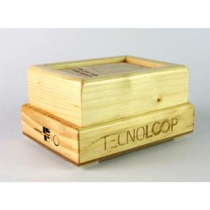 Servilletero con recarga móvil fabricado en madera